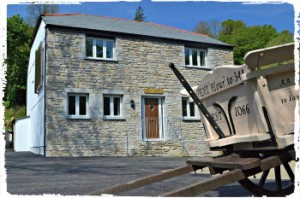 group accommodation at coombe mill