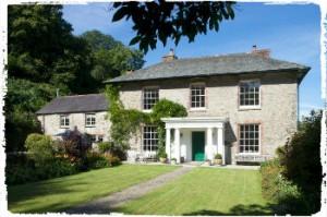 group accommodation at gitcombe house