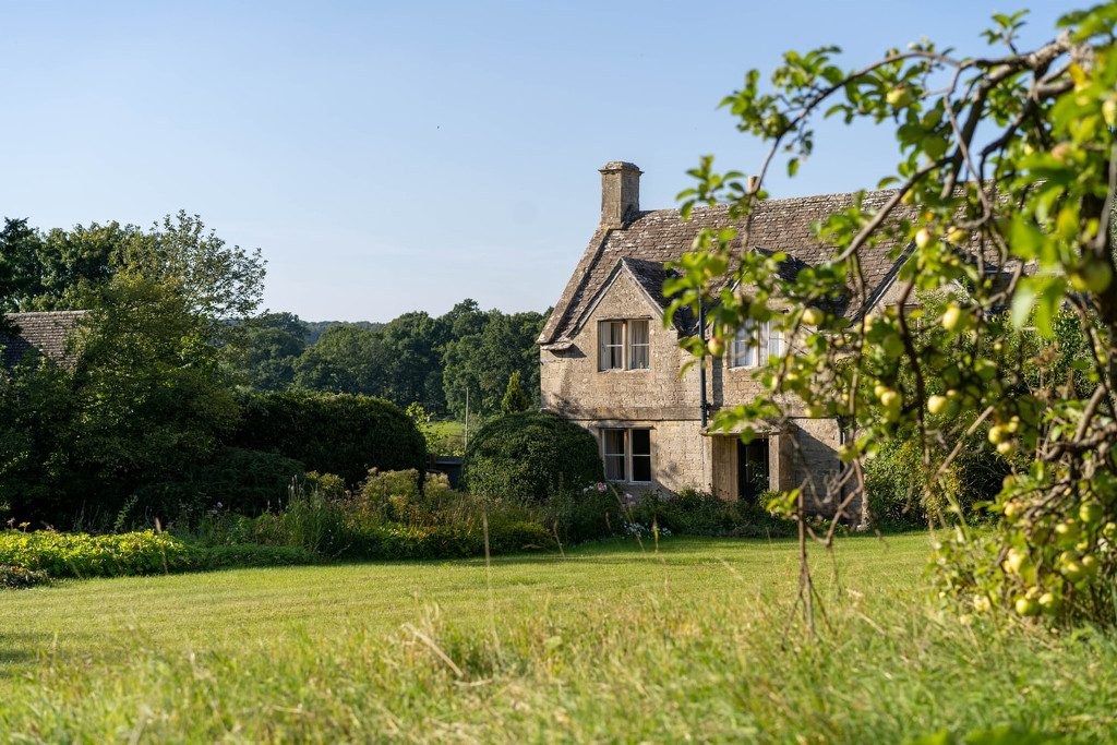 child and family friendly holidays in the cotswolds