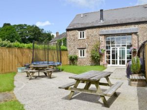 child and family friendly cottage holidays